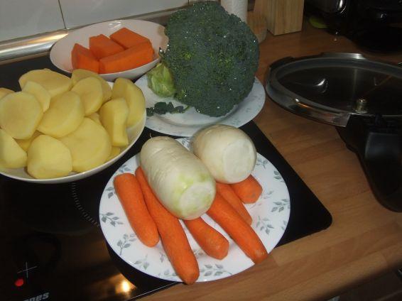 Снимка 2 от рецепта за Крем супа от зеленчуци