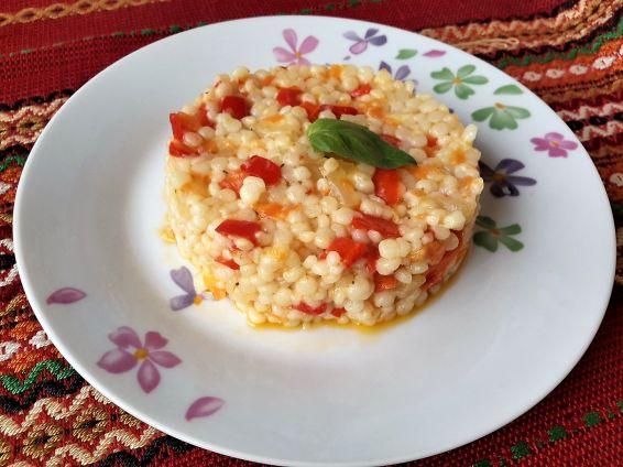 Снимка 2 от рецепта за Кус кус със зеленчуци и кашкавал