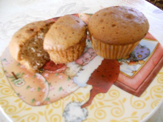 Снимка 2 от рецепта за Медени мъфини с канела и лимонова кора