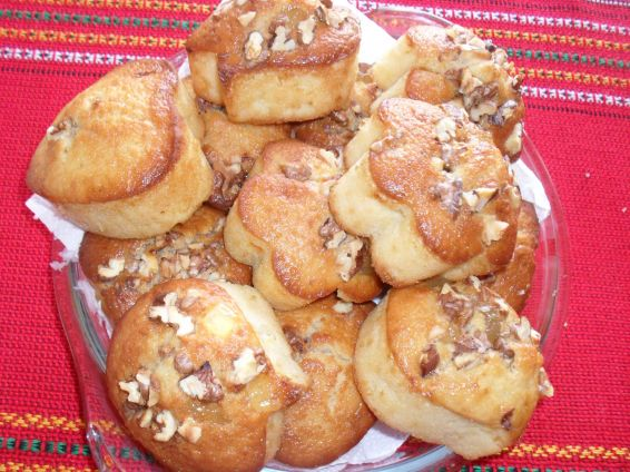 Снимка 2 от рецепта за Мъфини с локум и орехи