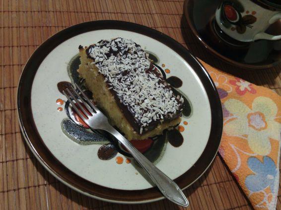 Снимка 2 от рецепта за Надупчен сладкиш с пудинг шоколад