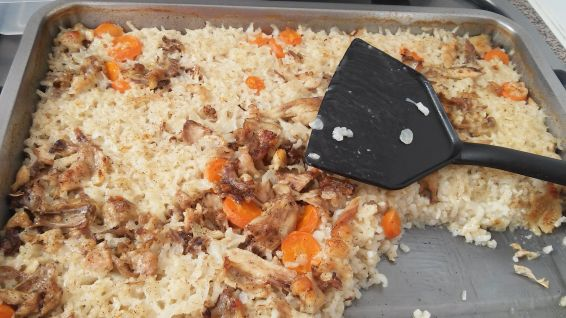 Снимка 3 от рецепта за Ориз с обезкостено пилешко месо