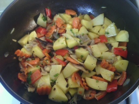 Снимка 3 от рецепта за Патешко със зеленчуци