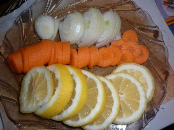 Снимка 2 от рецепта за Печена пъстърва със зеленчуци