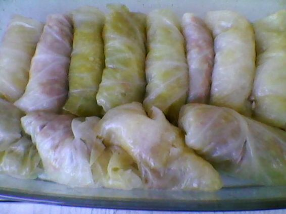 Снимка 8 от рецепта за Печени сармички с млечен сос