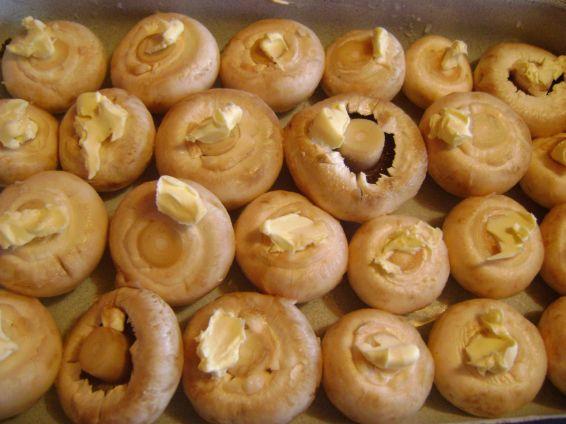 Снимка 2 от рецепта за Печурки с масло на фурна
