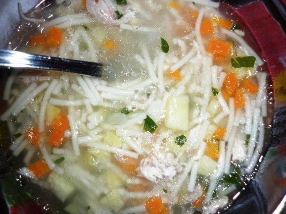 Снимка 6 от рецепта за Пилешка супа без застройка
