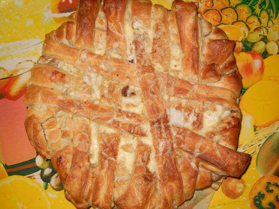 Снимка 7 от рецепта за Пита `Фантазия` от бутер тесто с плънка