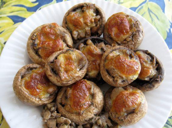 Снимка 2 от рецепта за Пълнени гъби