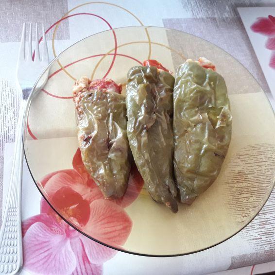 Снимка 5 от рецепта за Пълнени пиперки с яйца и сирене