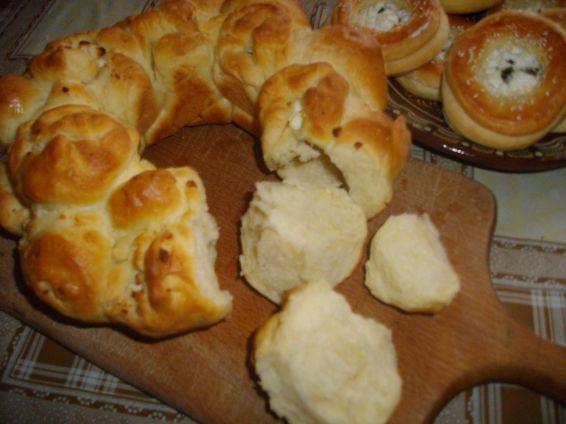 Снимка 9 от рецепта за Пълнени питки