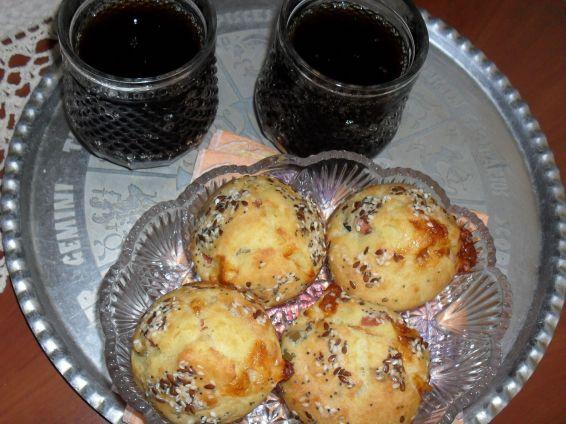 Снимка 3 от рецепта за Солени мъфини с кренвирш