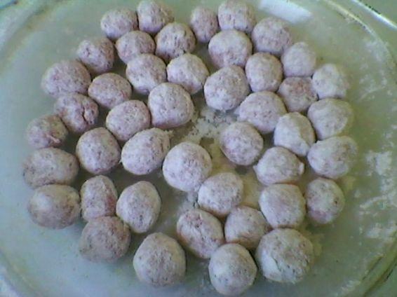Снимка 3 от рецепта за Супа топчета без застройка