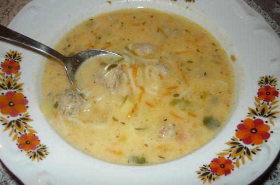Снимка 4 от рецепта за Супа топчета с картофи