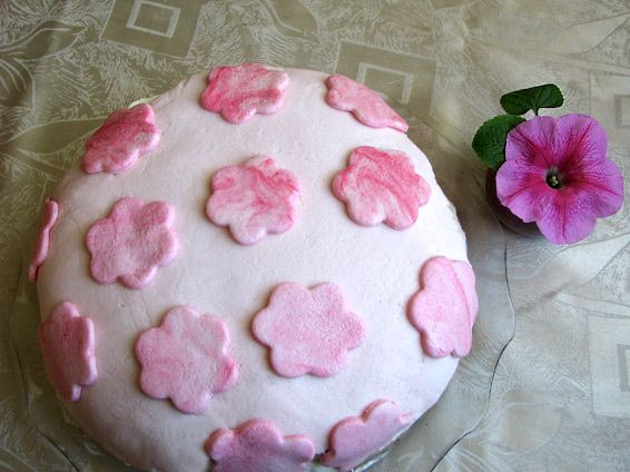 Снимка 1 от рецепта за Торта с цветя