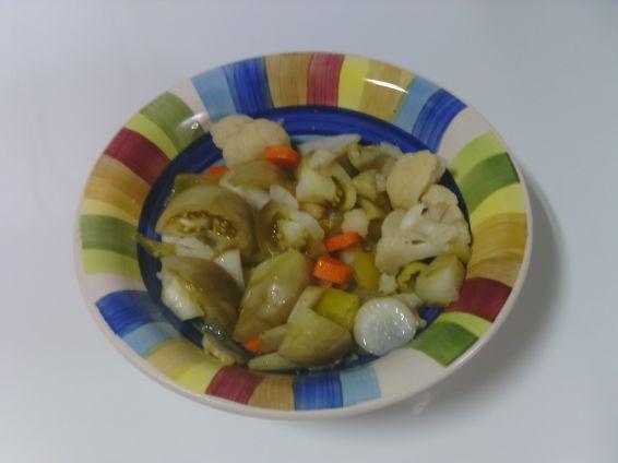 Снимка 3 от рецепта за Туршия от зелени доматчета, моркови и цветно зеле