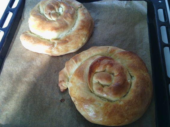 Снимка 2 от рецепта за Вити охлюви с маргарин, белтък и сирене