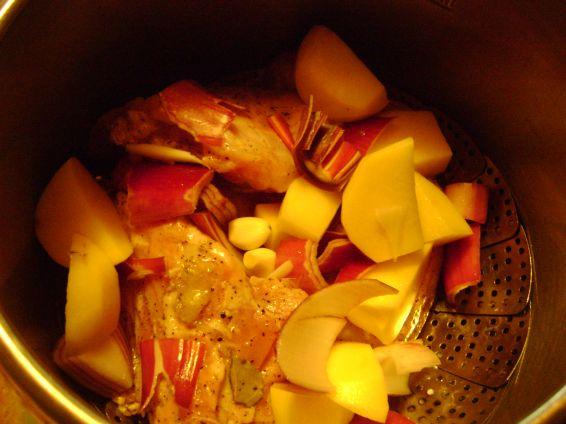 Снимка 3 от рецепта за Задушен заек в марина