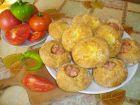 Рецепта за Питки със сирене и кренвирши