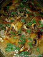 Рецепта за Пържоли на фурна с ананас и гъбки