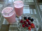 Рецепта за Смути с вишни, череши и ягоди