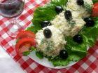 Рецепта за Яйчена салата с шунка и царевица