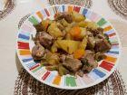 Рецепта за Зеленчуци с месо в гювеч