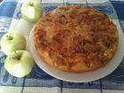 Рецепта за Обърнат сладкиш с кисели ябълки, алкохол и канела