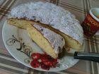 Рецепта за Сладкиш с круши, лимонов сок и ванилена захар