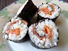 Рецепта за Домашно суши със сьомга